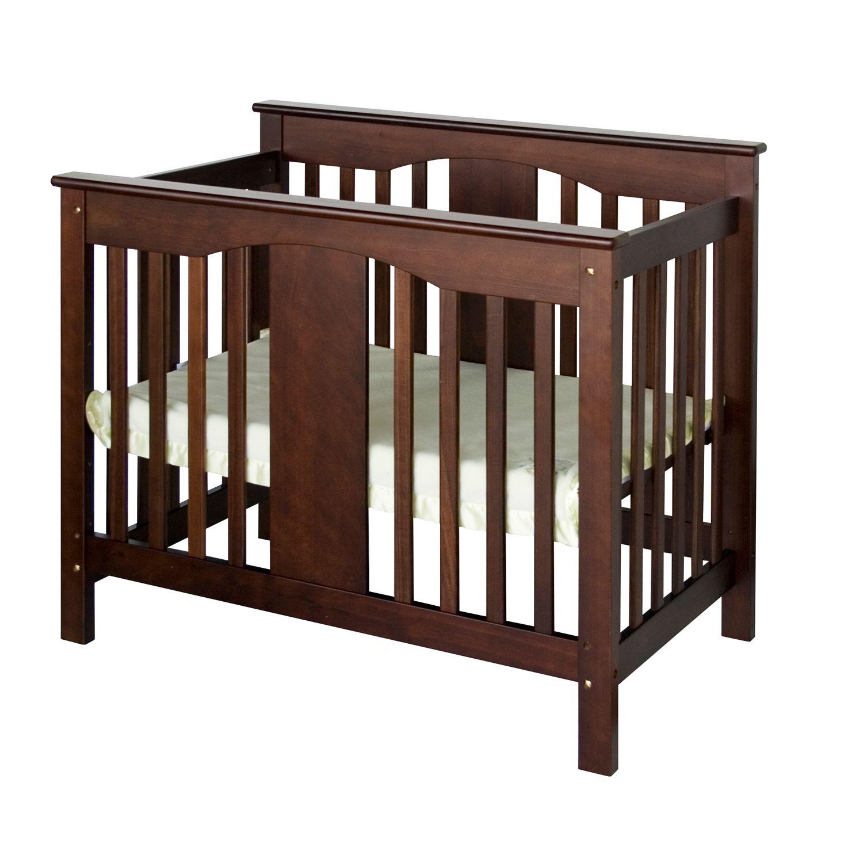 Davinci emily mini crib