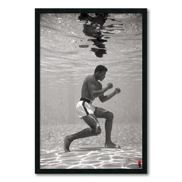 ''Ali - Underwater'' Framed Wall Art