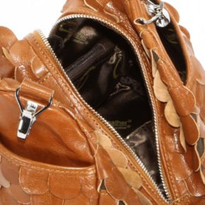 AmeriLeather Feesh Mini Leather Convertible Shoulder Bag