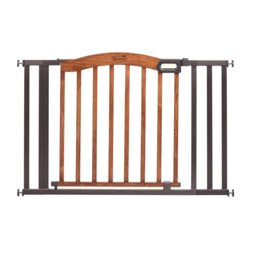 Summer Infant Stylish and Secure Wood and Metal Expansion Gate