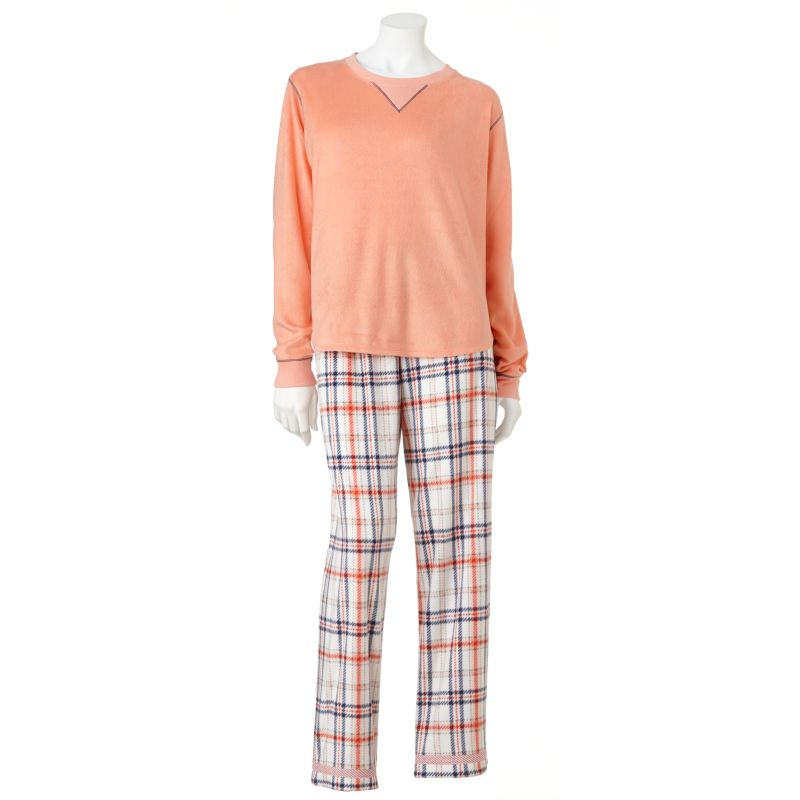 Women's Cuddl Duds Sleepwear. Get ready for all-night comfort with Women's Cuddl Duds Pajamas from Kohl's! When you need a restful night's sleep, shop our selection of Women's Cuddl Duds Sleepwear and find the items that provide comfort and style you're sure to love.