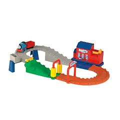 Thomas & Friends Thomas' Wash Down Delivery Set by Fisher-Price