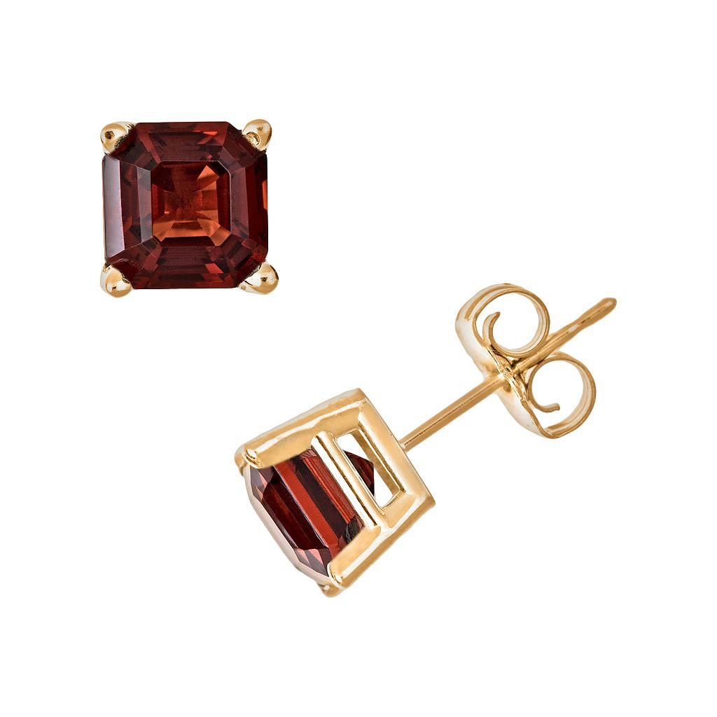 14k Gold Garnet Stud Earrings