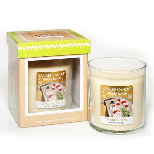 Yankee Candle simply home 7-oz. Christmas Treats Boxed Tumbler Candle