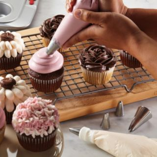 Cake Boss Decorating Tools 6-pc. Traditional Decorating Tip Set