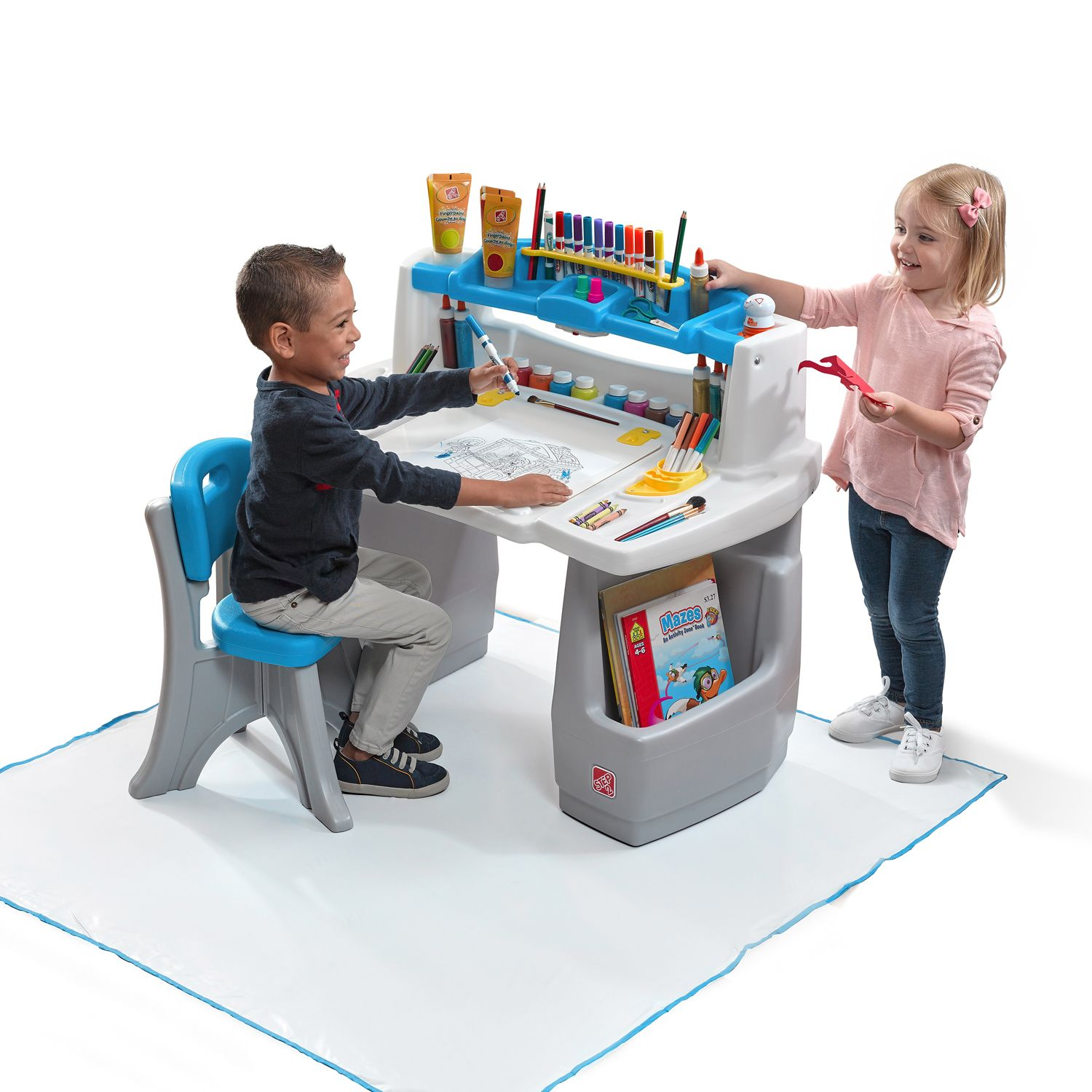 Excellent Step Deluxe Art Desk With Splat Mat With Art