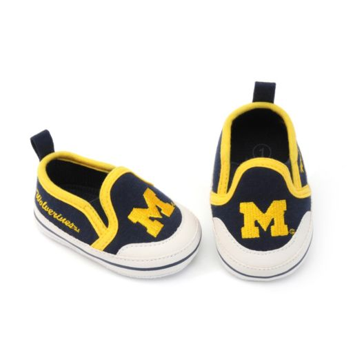 Michigan Wolverines Crib Shoes - Baby