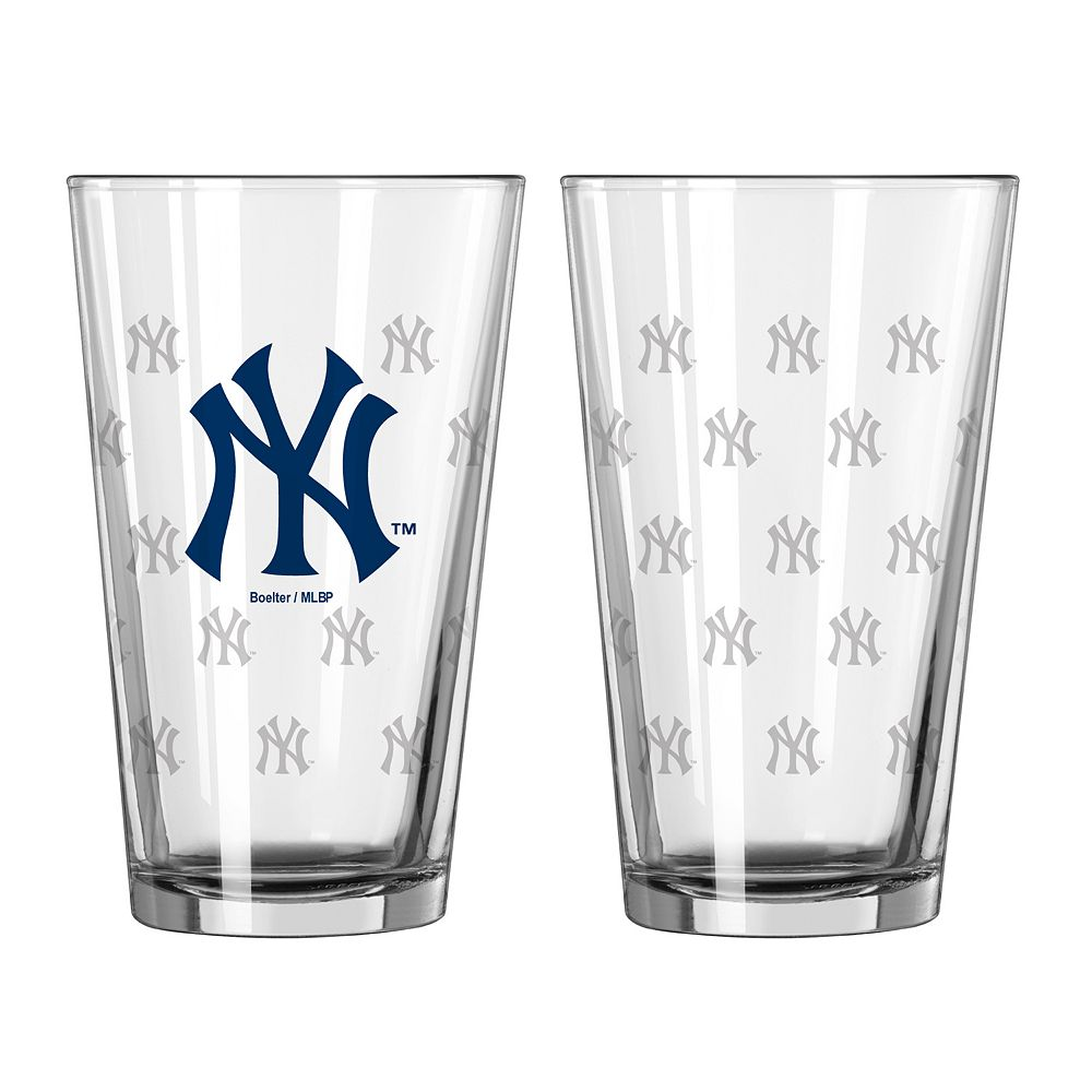 New York Yankees 2-pc. Pint Glass Set