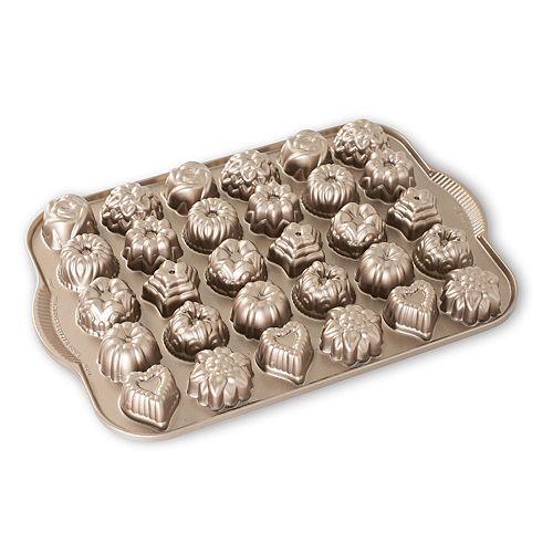 Nordic Ware Nonstick 30-Cup Bundt Tea Cake & Candy Pan