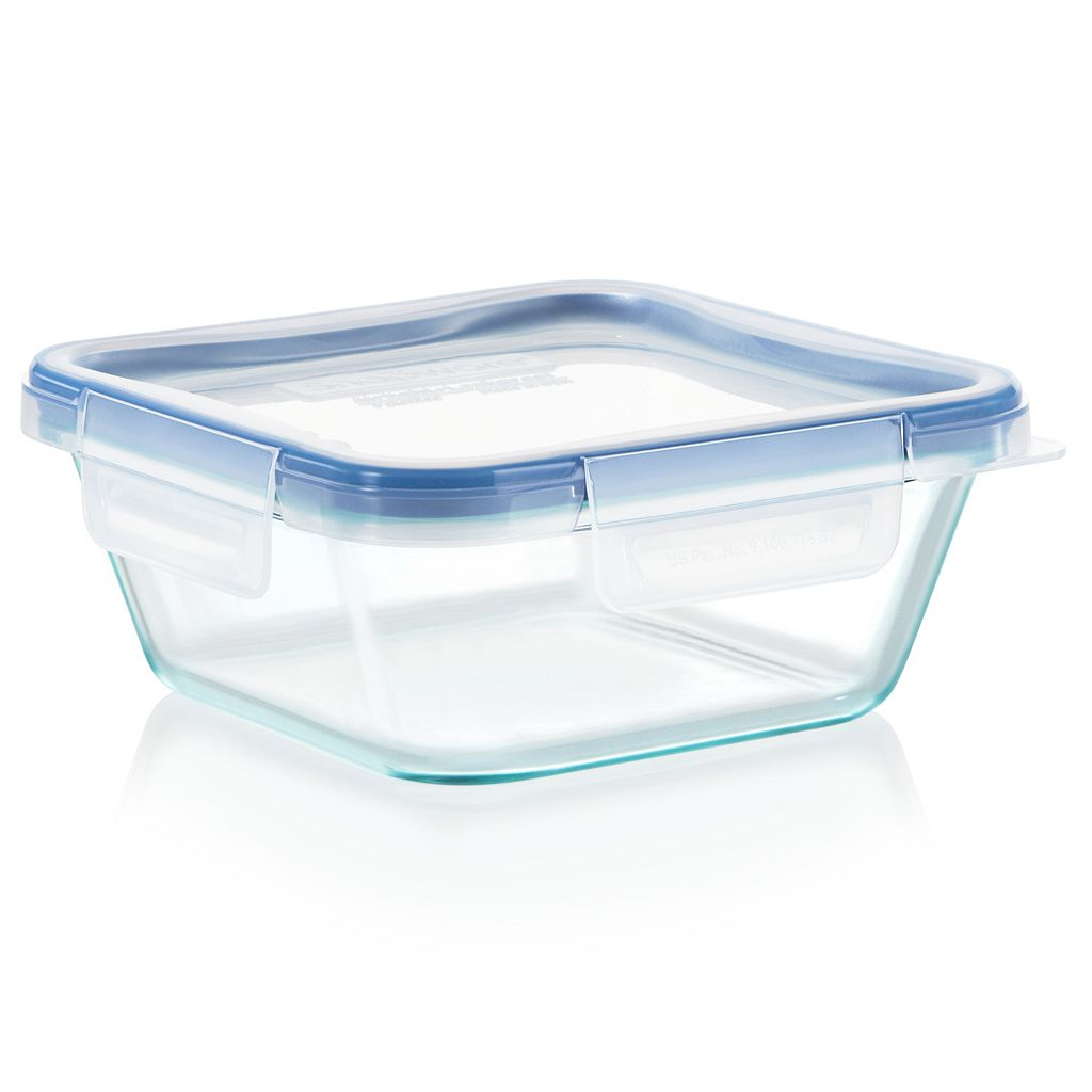 Snapware Total Solution Pyrex 4-cup Covered Square Container
