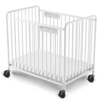 Foundations Compact Little Dreamer Crib
