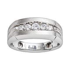 10k White Gold 1/2 ctT.W. Diamond Band - Men