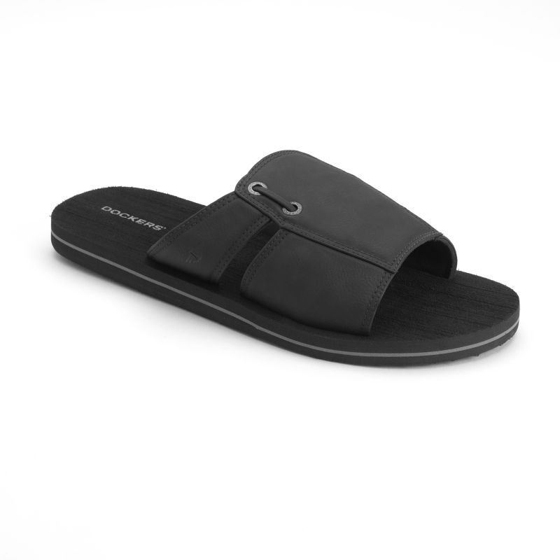Enjoy a breathable yet supportive fit with these men's Newpage sandals from Dockers.