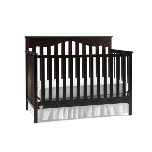 Fisher-Price Ayden 4-in-1 Convertible Crib