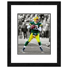 Green Bay Packers Aaron Rodgers Framed 14' x 11' Player Photo