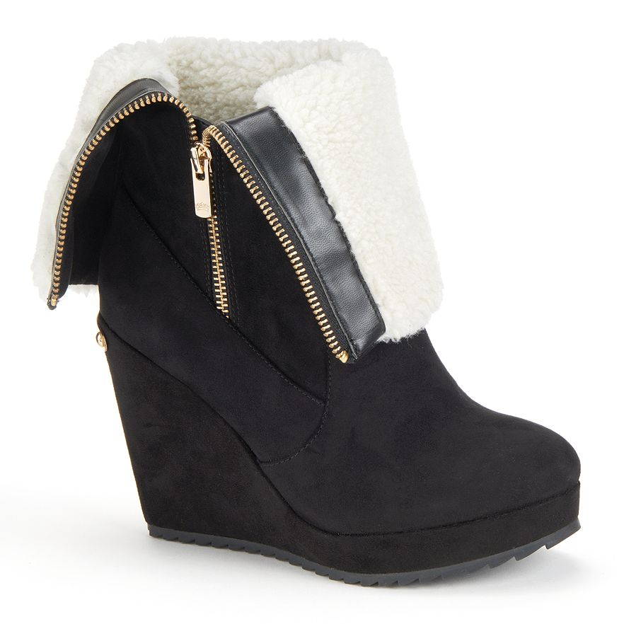 Womens Shoe Size Juicy Couture