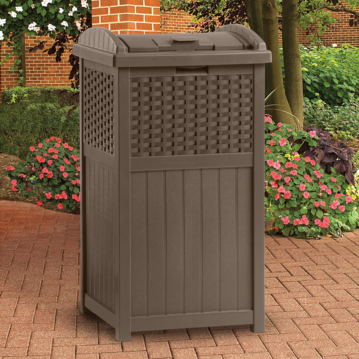 suncast 33gallon trash hideaway outdoor