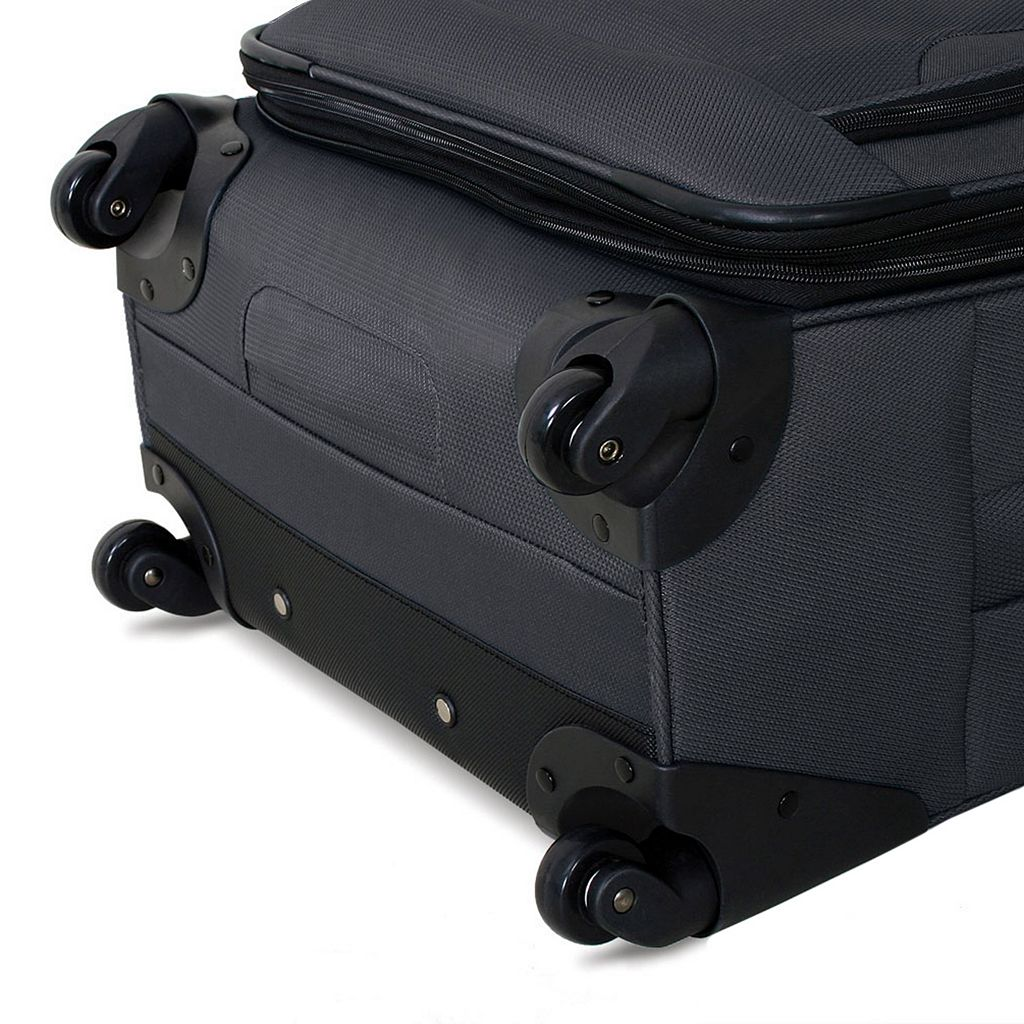 Swiss Gear 24-Inch Spinner Luggage