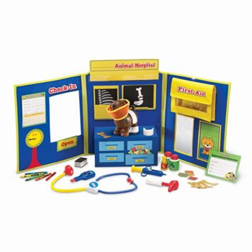 Pretend & Play: Animal Hospital by Learning Resources