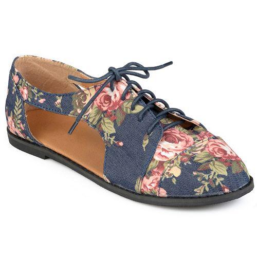 e6b177660c Journee Collection Messina Women's Cutout Oxford Shoes