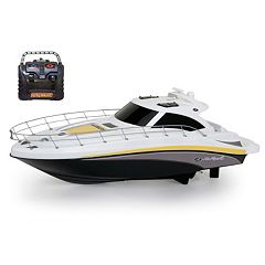 New Bright RC 18 in Sea Ray Boat