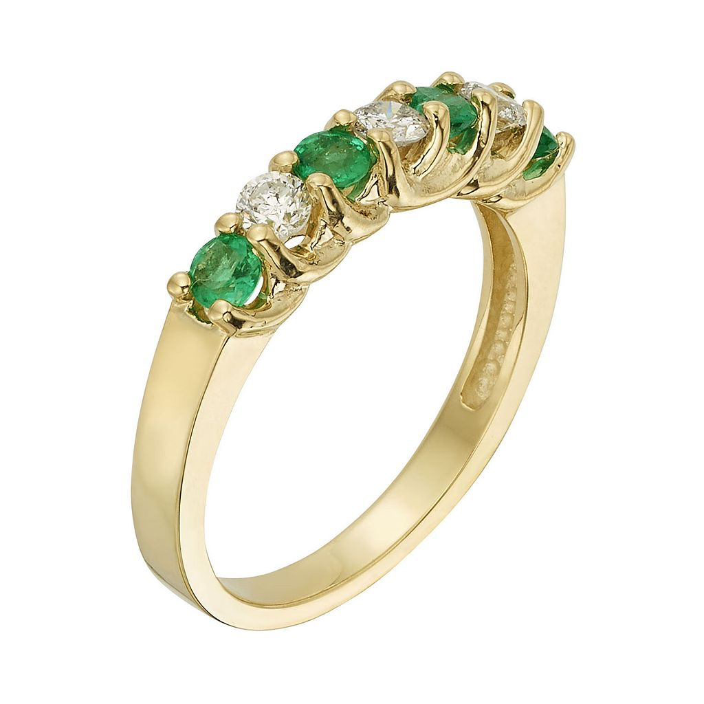 The Regal Collection Emerald and 1/3 Carat T.W. IGL Certified Diamond 14k Gold Ring