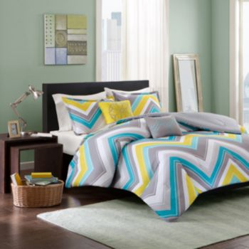 Intelligent Design Ariel Chevron Reversible Comforter Set