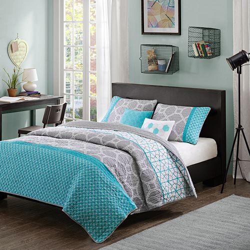 Intelligent Design Zara Reversible Quilt Set