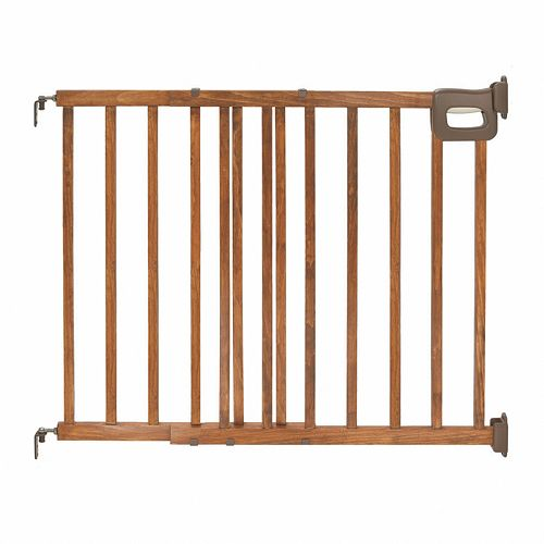 Summer Infant Deluxe Stairway Wood Gate