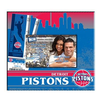Detroit Pistons 8