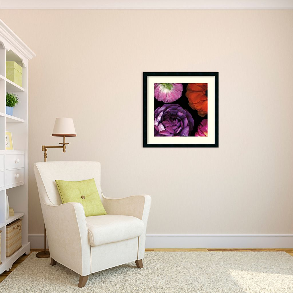 ''Ranunculus Left II'' Floral Framed Wall Art