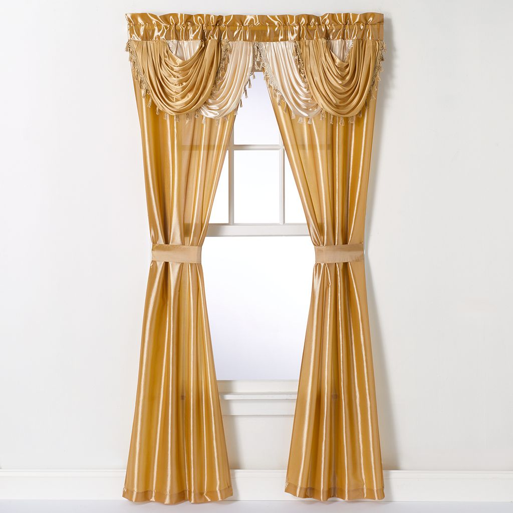 Amore Window Curtain Set