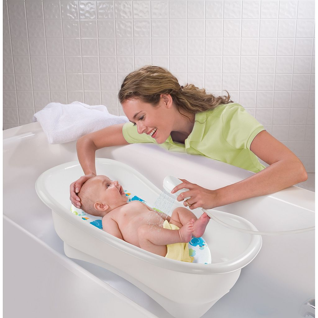 Summer Infant Deluxe Newborn-To-Toddler Bath and Shower Center