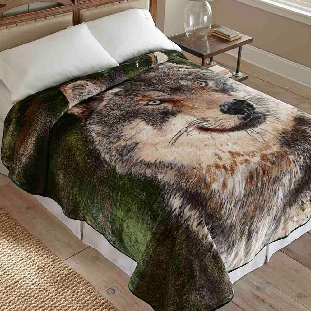 Wolf Hi Pile Luxury Blanket - 90'' x 90''