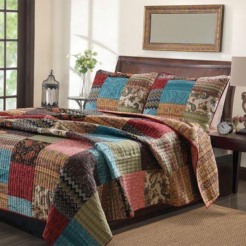 New Bohemian Reversible Quilt Set Twin