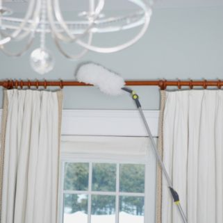 Casabella Size Wize Height Adjustable Filament Duster