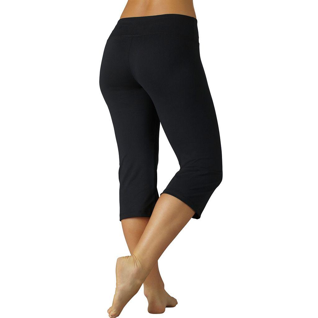 Women's Marika Weekend Sanded Dry Wik Flat-Waist Capri Yoga Leggings