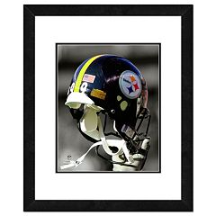Pittsburgh Steelers Team Helmet Framed 11' x 14' Photo