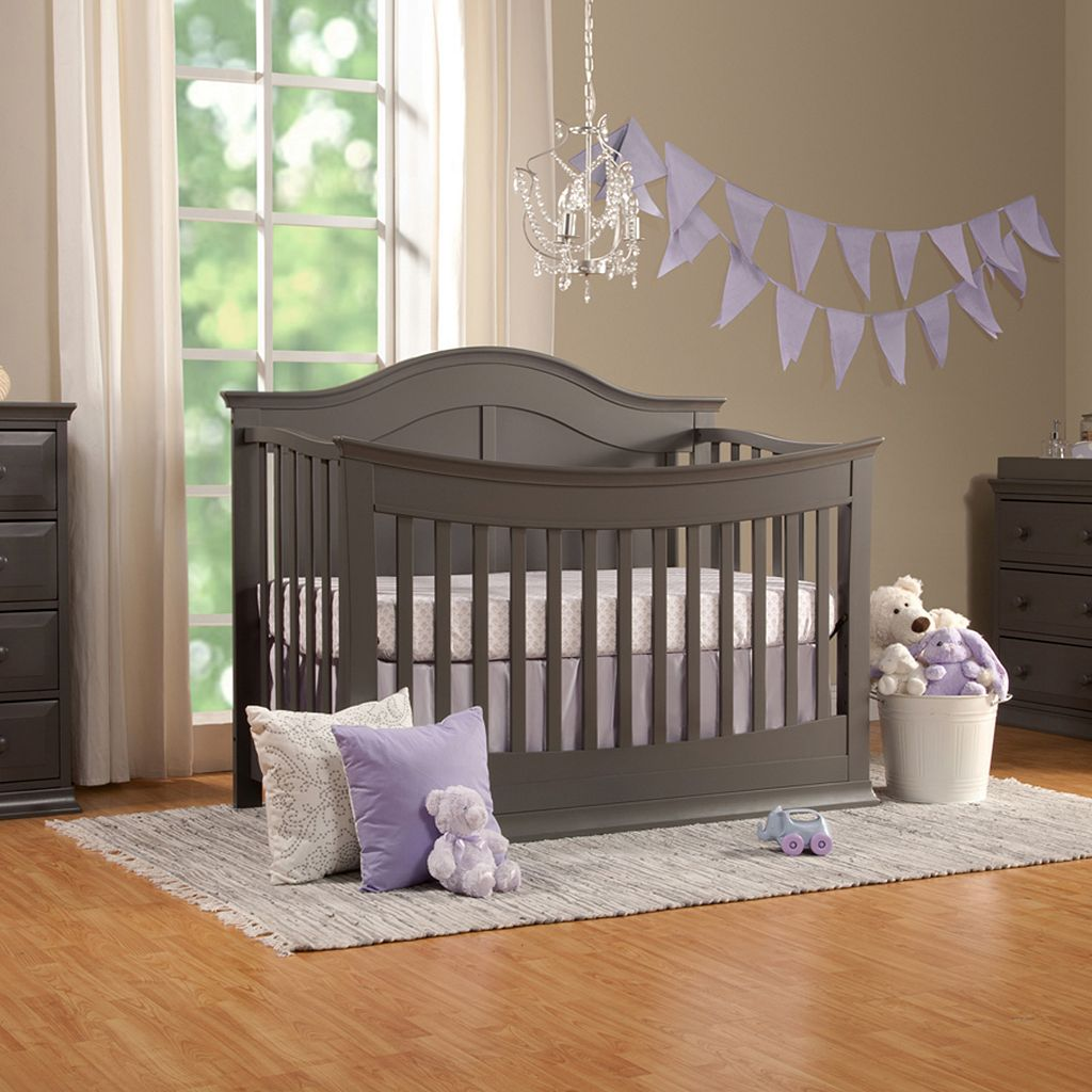DaVinci Meadow 4-in-1 Convertible Crib