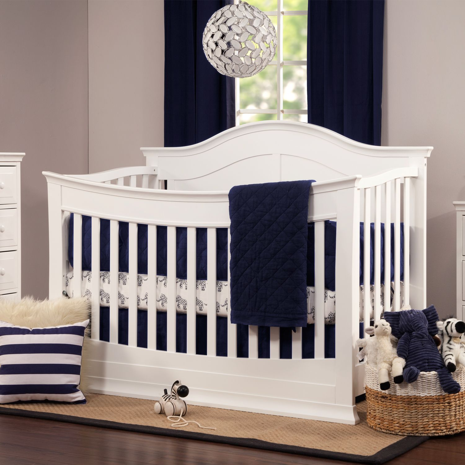 DaVinci Meadow 4 In 1 Convertible Crib