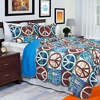 Portsmouth Home Peace Quilt Set