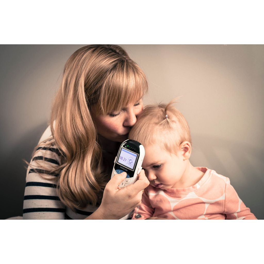 Motorola MBP27T Digital Video Baby Monitor and Built-In Touchless Thermometer