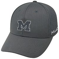 Adult Top of the World Michigan Wolverines Fairway One-Fit Cap