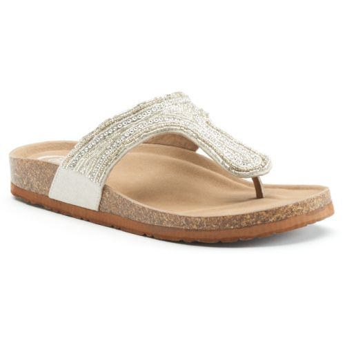 Wonderful Make A Fuss Free Addition To Your Seasonal Shoe Collection With These Womens Coral Pink Intricately Designed, Toepost Sandals With An Open Toe And A Beaded Toepost Strap Detailing, Featured With A Beautiful Plaited Finish Across The