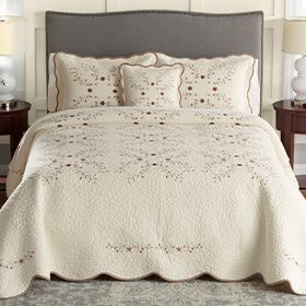 Bed Comforters Comforter Sets For Every Bedroom Design Kohl S