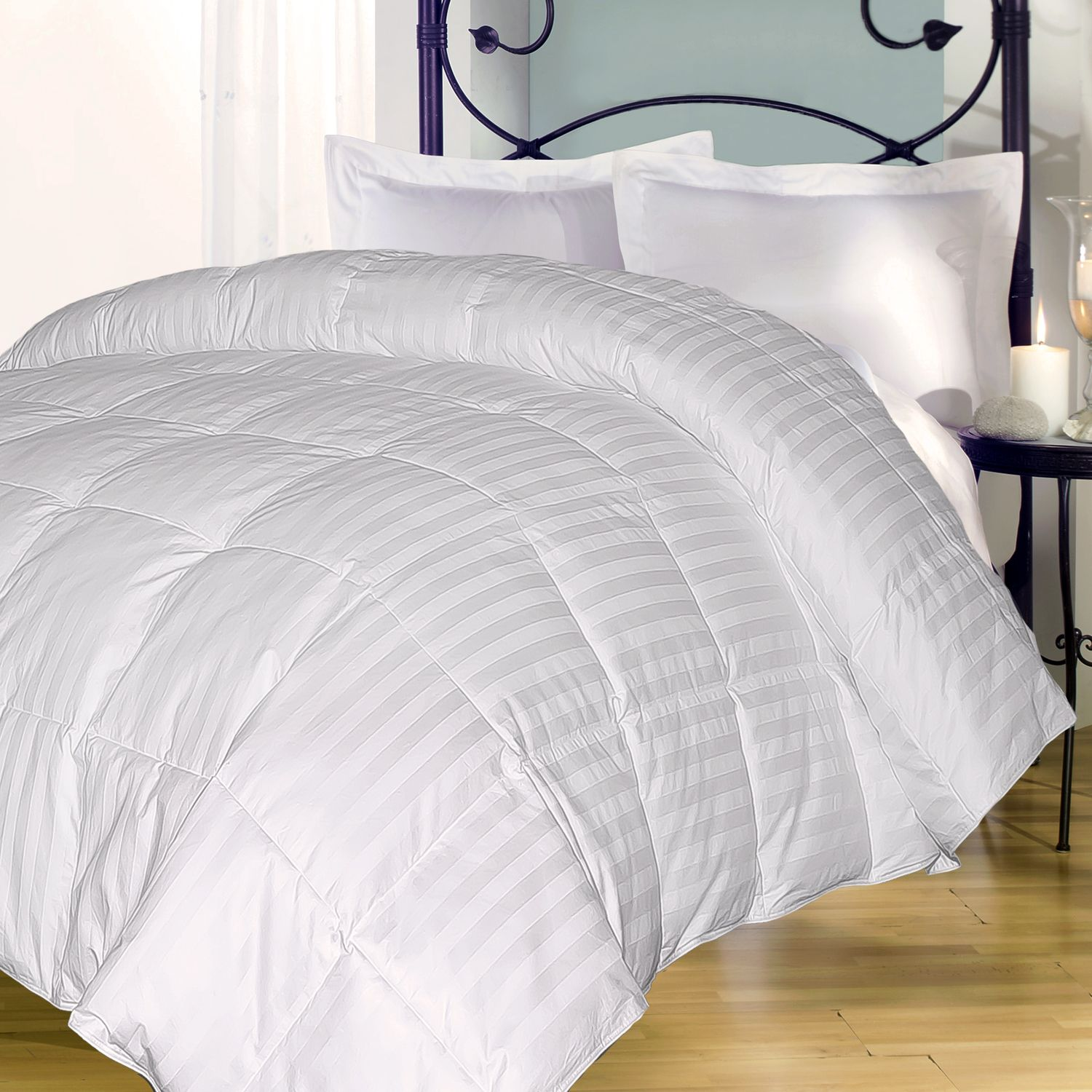 royal majesty damask stripe 350thread count comforter