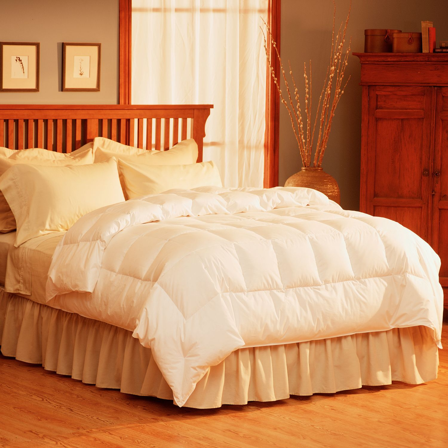 Pacific Coast Feather 300 Thread Count Down Comforter
