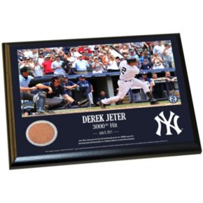 """Steiner Sports New York Yankees Derek Jeter Moments 3,000th Career Hit 8"""" x 10"""" Plaque with Authentic Field Dirt"""