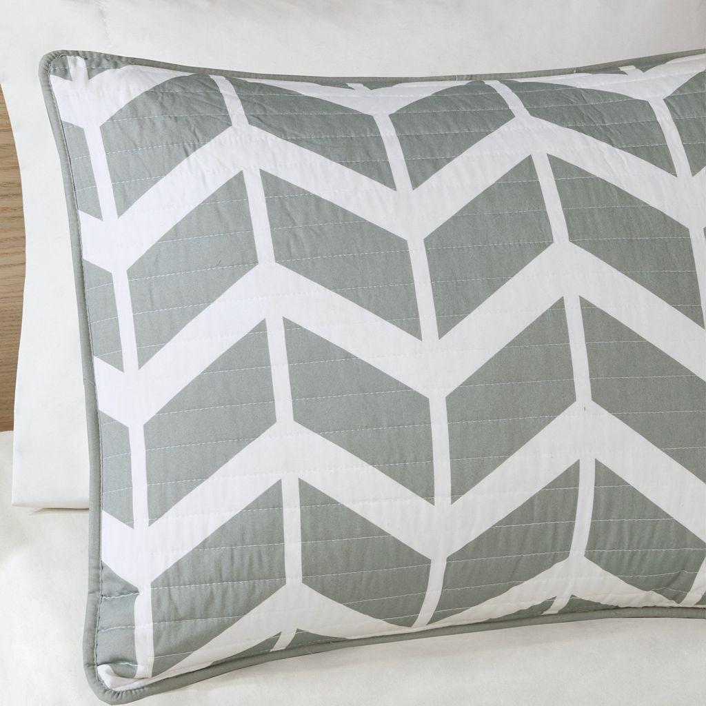 Intelligent Design Peyton Coverlet Set