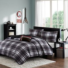 Mi Zone David Reversible Quilt Set